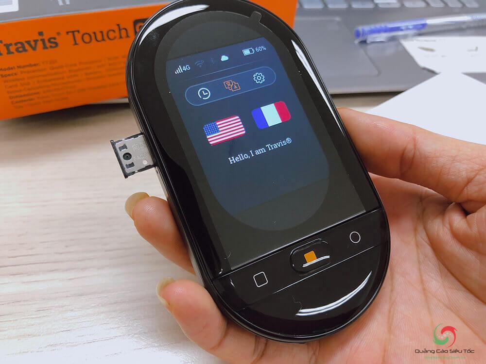Trên tay máy phiên dịch Travis Touch phiên bản 2020