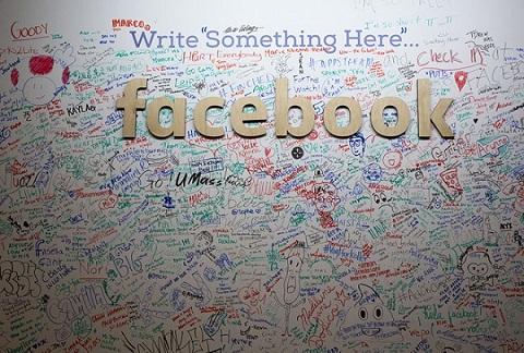 bieu tuong facebook dang co su thay doi lon