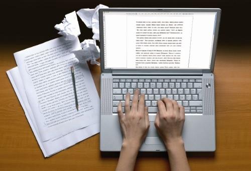 Cách viết email bằng tiếng Anh - Câu kết thúc nên viết thế nào?