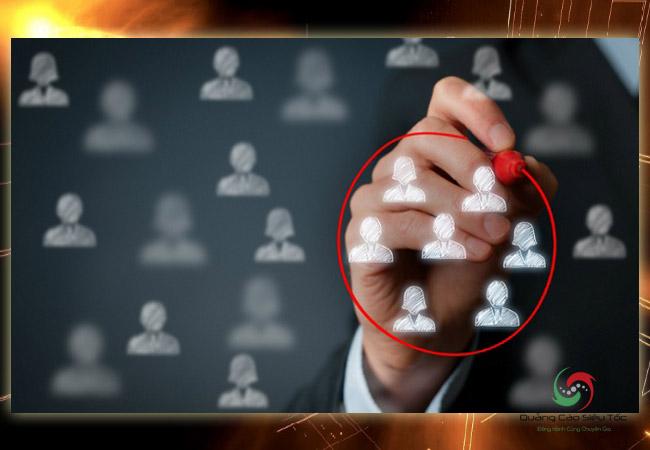 Phân biệt PR và marketing dựa vào mục tiêu nhắm chọn