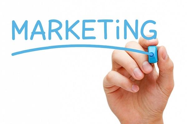 Thực Hiện Chiến Dịch Marketing Tiếp Cận Khách Hàng Trẻ