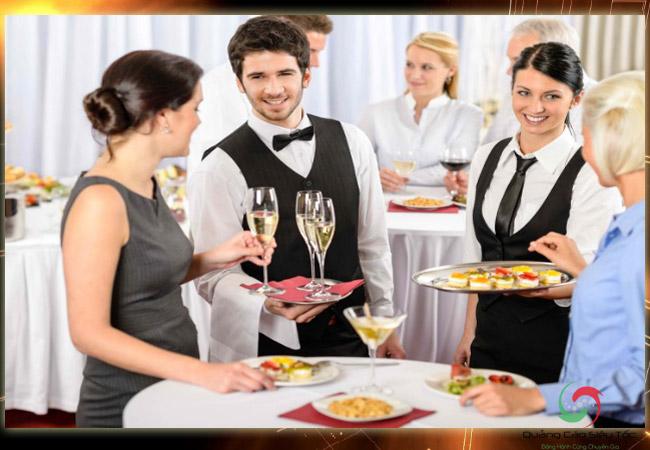 Tổ chức sự kiện cần chuẩn bị đủ nhân sự cần thiết